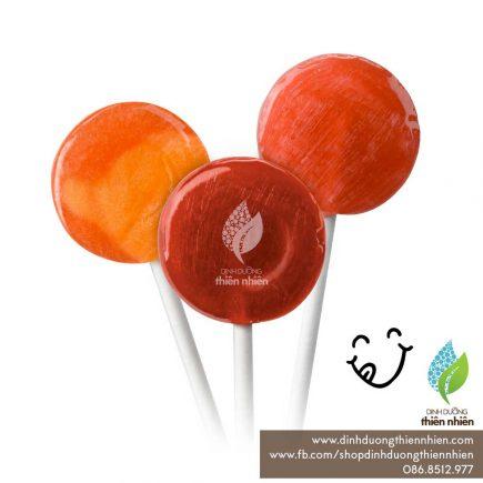 YumEarth_OrganicCandy_KeoMutHuuCo_Lollipop_01